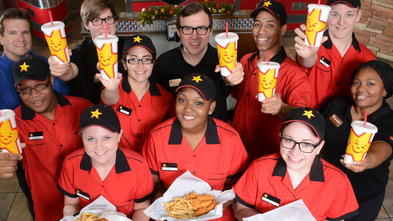 Hardee's Now Hiring Employees
